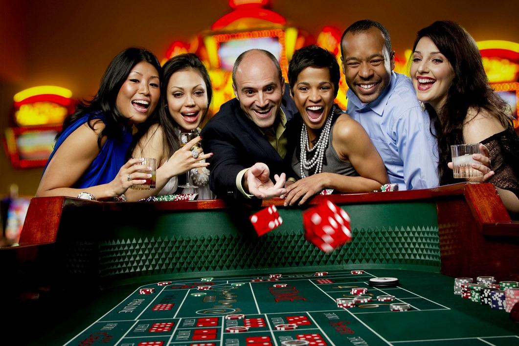 Digital vs. Offline Casinos