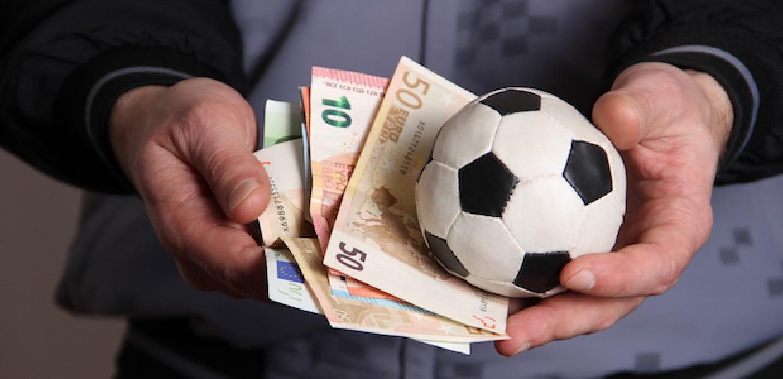 Four Factors to Consider when Choosing a Football Betting Website   Casino  Stavki